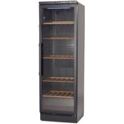 DREWNIANE PÓŁKI -Regulowane drewniane półki chronią wino przed drganiami pracującej chłodziarki.